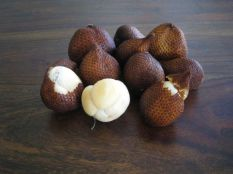 Interesting facts about Indonesia - snake fruit